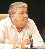 Julio Férnández Bulté: Pensamiento claro y lúcido